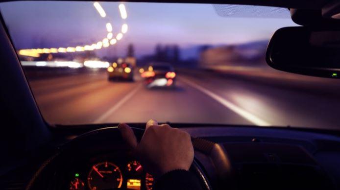 Kunci Aman Berkendara di Jalanan Pada Malam Hari